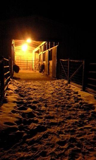 Photo -Barn at night my