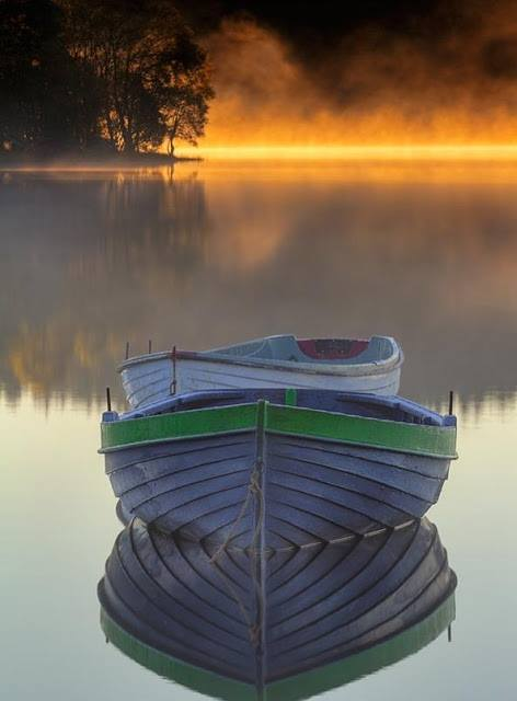 Image -Scenary boat on peaceful water