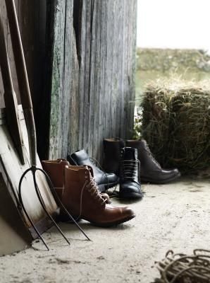 image-pitchfork-boots
